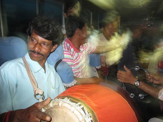 Musik i bussen hjem