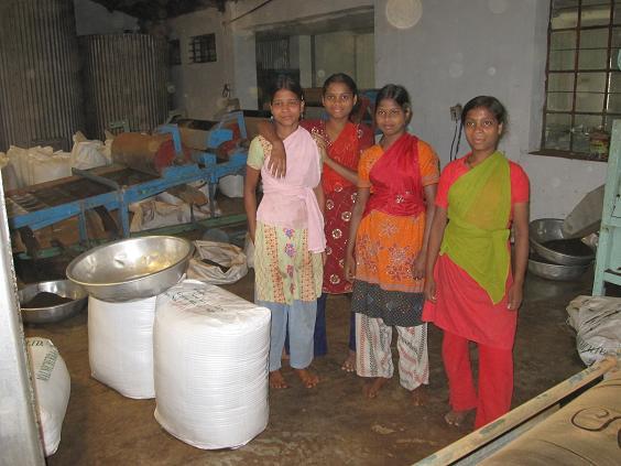 Kvindelige fabriksarbejdere