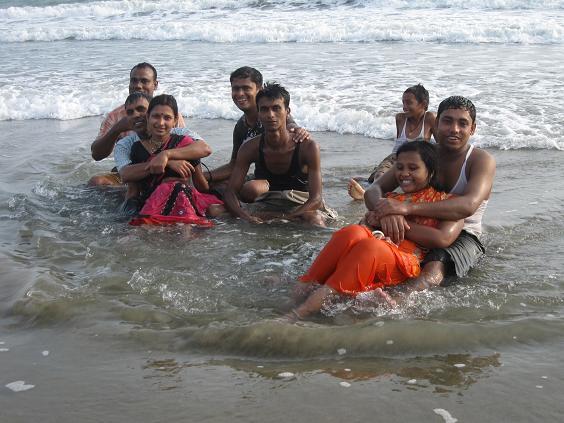 Coxs basar – badende bengalere